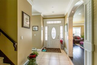 Photo 2: 12130 GARDEN Street in Maple Ridge: West Central House for sale : MLS®# R2508594