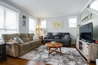 """Photo 4: 32 7059 210 Street in Langley: Willoughby Heights Townhouse for sale in """"ALDER"""" : MLS®# R2493055"""