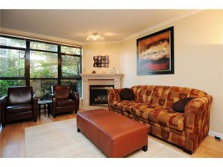 """Photo 2: 110 2181 W 10TH Avenue in Vancouver: Kitsilano Condo for sale in """"THE TENTH AVE"""" (Vancouver West)  : MLS®# V844401"""