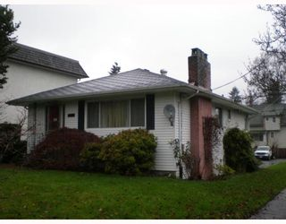 Photo 1: 207 W 13TH Avenue in Vancouver: Mount Pleasant VW House for sale (Vancouver West)  : MLS®# V746260