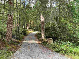 Photo 2: 749 GEORGIA VIEW Road: Galiano Island House for sale (Islands-Van. & Gulf)  : MLS®# R2487145