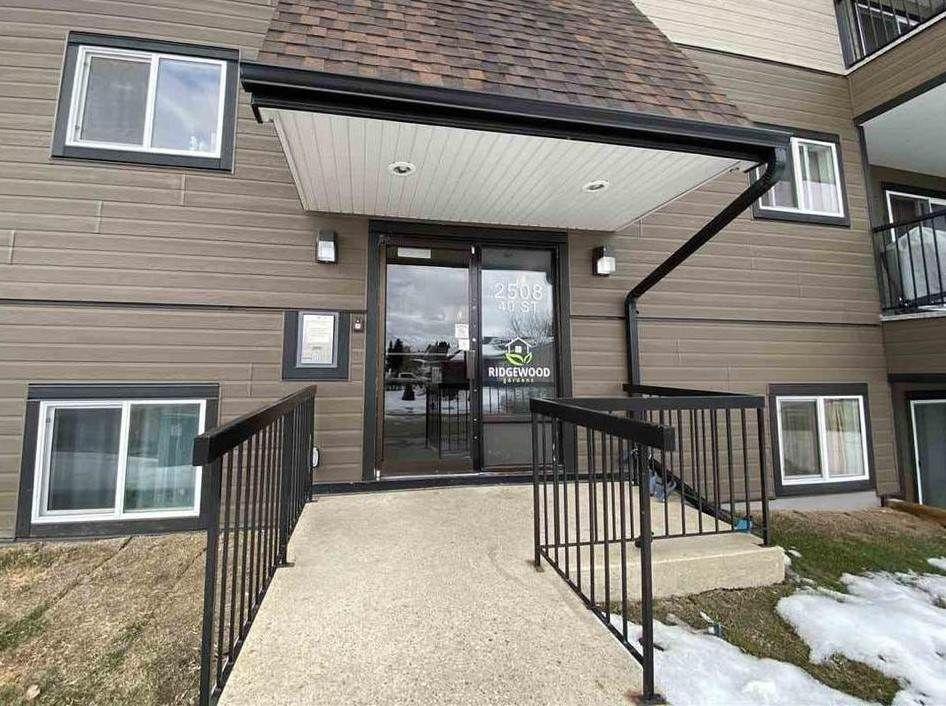 Main Photo: 202 2508 40 Street NW in Edmonton: Zone 29 Condo for sale : MLS®# E4223170
