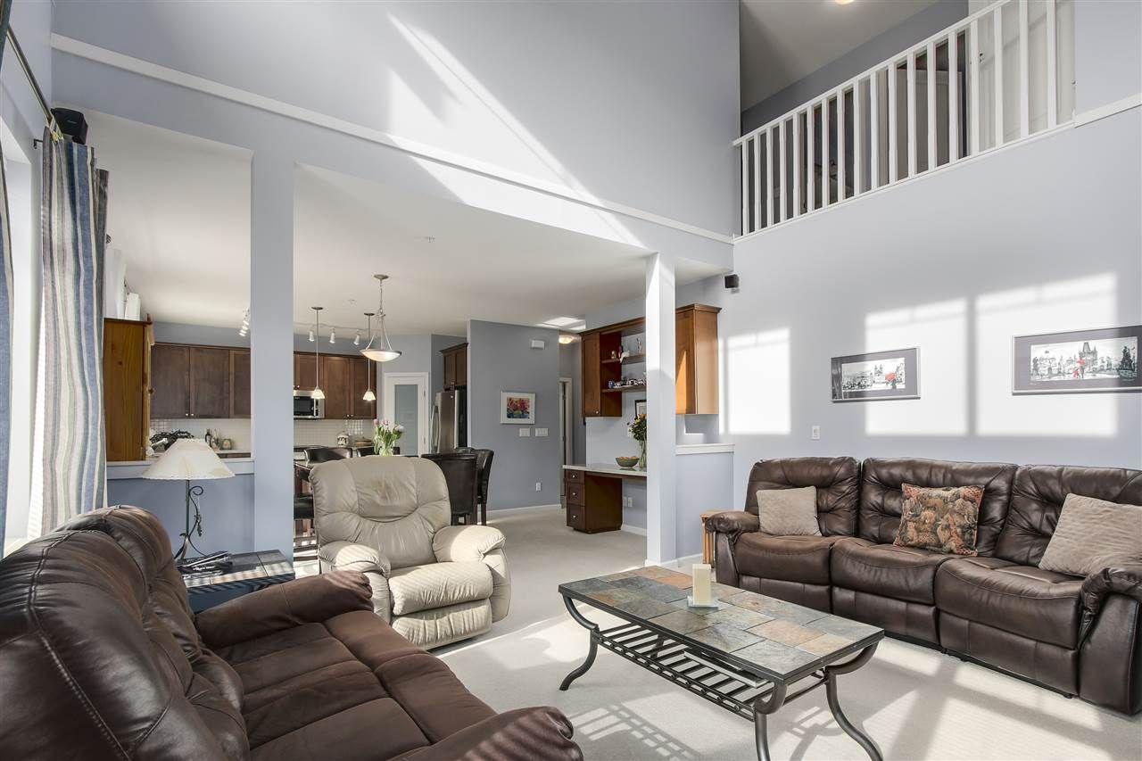 "Photo 10: Photos: 24110 HAWKINS Avenue in Maple Ridge: Albion House for sale in ""MAINSTONE CREEK"" : MLS®# R2140724"