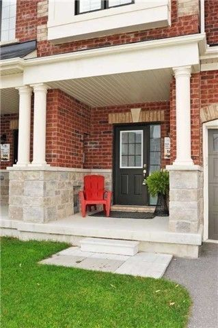 Photo 2: 106 Underwood Drive in Whitby: Brooklin House (2-Storey) for sale : MLS®# E3977208