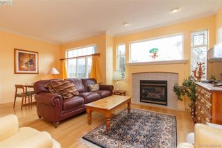 Photo 2: 14 3281 Maplewood Rd in VICTORIA: SE Cedar Hill Row/Townhouse for sale (Saanich East)  : MLS®# 806728