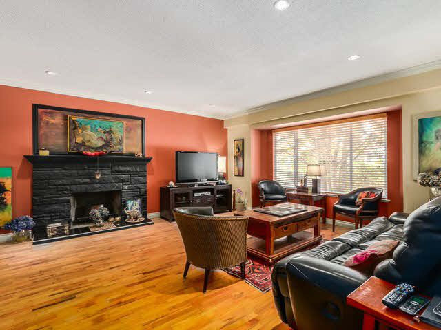 Photo 6: Photos: 267 CHESTER COURT in Coquitlam: Central Coquitlam House for sale : MLS®# 1141644