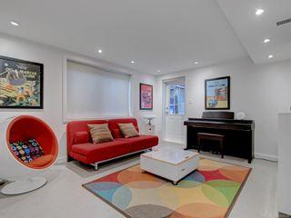 Photo 19: 880 Byng St in : OB South Oak Bay House for sale (Oak Bay)  : MLS®# 870381