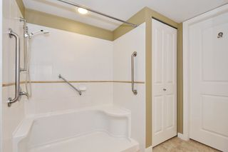 """Photo 14: 810 2799 YEW Street in Vancouver: Kitsilano Condo for sale in """"TAPESTRY AT ARBUTUS WALK"""" (Vancouver West)  : MLS®# R2619783"""