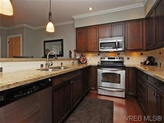 Photo 9: 209 755 Goldstream Ave in VICTORIA: La Langford Proper Condo for sale (Langford)  : MLS®# 590944
