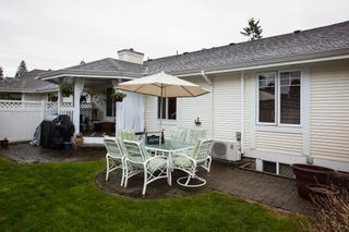 """Photo 19: 10 20761 TELEGRAPH Trail in Langley: Walnut Grove Townhouse for sale in """"Woodbridge"""" : MLS®# R2155291"""