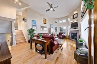Photo 1: 310 Inglewood Grove SE in Calgary: Inglewood Row/Townhouse for sale : MLS®# A1100172