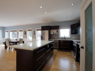 Photo 6: 425 5th Avenue in Oakville: House for sale : MLS®# 202101468