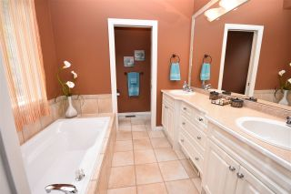 Photo 9: 35784 REGAL PARKWAY in Abbotsford: Abbotsford East House for sale : MLS®# R2049958