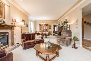 """Photo 3: 2837 BOXCAR Street in Abbotsford: Aberdeen House for sale in """"West Abby Station"""" : MLS®# R2448925"""