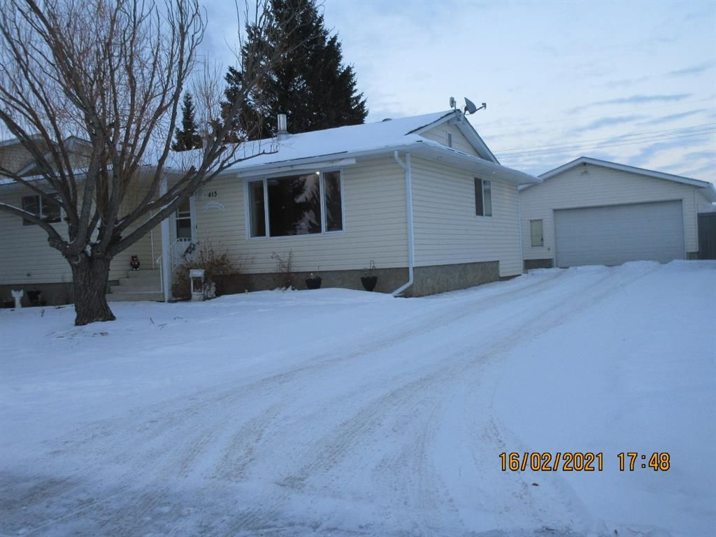 Main Photo: 413 W 1 Street in Linden: NONE Residential for sale : MLS®# A1069875