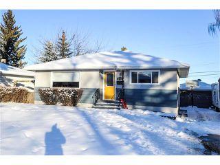 Main Photo: 1912 GLENWOOD Drive SW in Calgary: Glendale House for sale : MLS®# C4093243