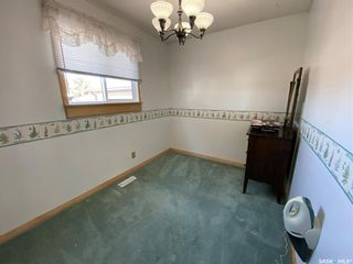 Photo 4: 1033 Macklem Drive in Saskatoon: Massey Place Residential for sale : MLS®# SK854085