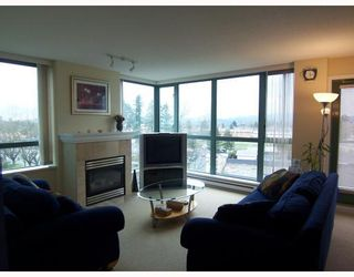 """Photo 3: 806 6659 SOUTHOAKS Crescent in Burnaby: Highgate Condo for sale in """"GEMINI II"""" (Burnaby South)  : MLS®# V761025"""