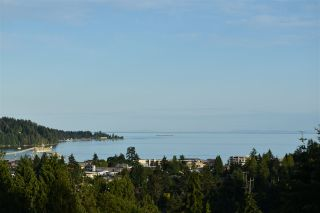 "Photo 28: 10 5780 TRAIL Avenue in Sechelt: Sechelt District Condo for sale in ""Tradewinds"" (Sunshine Coast)  : MLS®# R2476578"