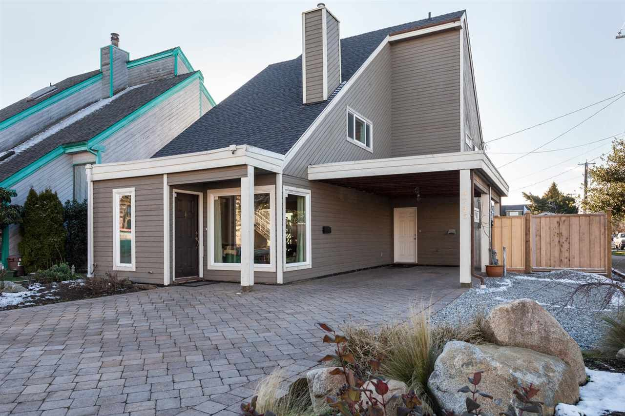 Main Photo: 4745 48B Street in Delta: Ladner Elementary House for sale (Ladner)  : MLS®# R2240966