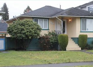 Main Photo: 5392 DUMFRIES Street in Vancouver: Knight House for sale (Vancouver East)  : MLS®# R2546510