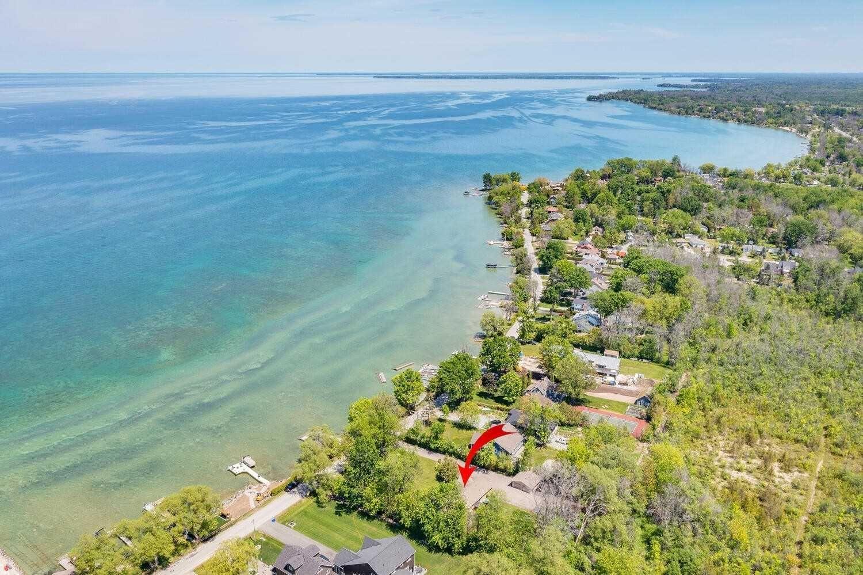 Photo 7: Photos: 169 E Lake Drive in Georgina: Historic Lakeshore Communities House (Bungalow) for sale : MLS®# N5256210