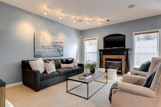 Photo 5: 86 Cresthaven View SW in Calgary: Crestmont Detached for sale : MLS®# A1042298