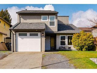 Photo 2: 2259 WILLOUGHBY Way in Langley: Willoughby Heights House for sale : MLS®# R2549864