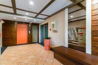 """Photo 3: 210 2255 W 8TH Avenue in Vancouver: Kitsilano Condo for sale in """"WEST WIND"""" (Vancouver West)  : MLS®# R2583835"""