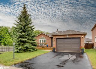 Main Photo: 2 DYKSTRA Drive in Barrie: House for sale