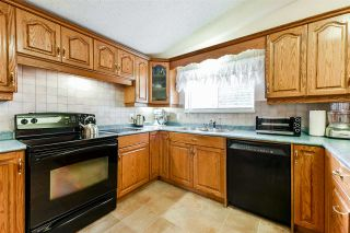 Photo 5: 18922 120 Avenue in Pitt Meadows: Central Meadows House for sale : MLS®# R2555786