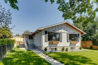 Photo 2: 1028 39 Avenue NW: Calgary Semi Detached for sale : MLS®# A1131475