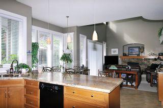 "Photo 5: 20260 125TH Avenue in Maple Ridge: Northwest Maple Ridge House for sale in ""THE HEATH"" : MLS®# V967850"