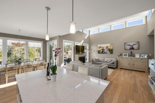 Photo 5: 2310 Sangster Rd in : ML Mill Bay House for sale (Malahat & Area)  : MLS®# 869662