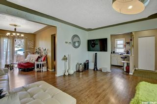 Photo 5: 3721 Caen Avenue in Regina: River Heights RG Residential for sale : MLS®# SK865504