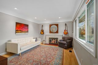 Photo 7: 1698 North Dairy Rd in : SE Camosun House for sale (Saanich East)  : MLS®# 863926