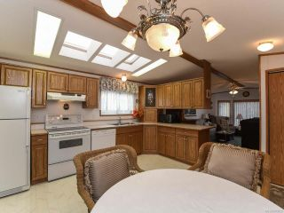 Photo 11: 37 4714 Muir Rd in COURTENAY: CV Courtenay East Manufactured Home for sale (Comox Valley)  : MLS®# 803028