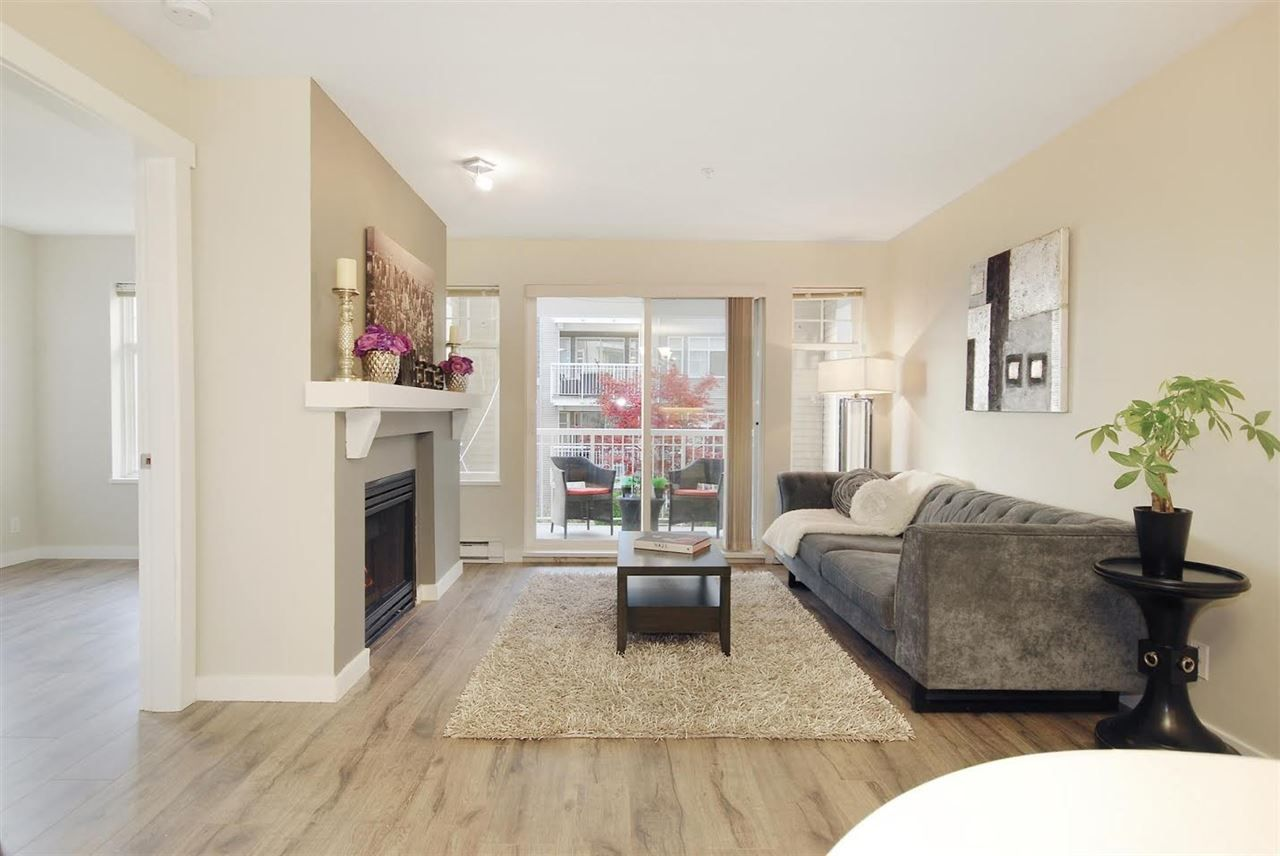 "Photo 2: Photos: 204 1428 PARKWAY Boulevard in Coquitlam: Westwood Plateau Condo for sale in ""Montreaux"" : MLS®# R2132471"