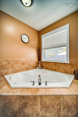 Photo 10: 184 Jackladder Drive in Middle Sackville: 25-Sackville Residential for sale (Halifax-Dartmouth)  : MLS®# 202125825