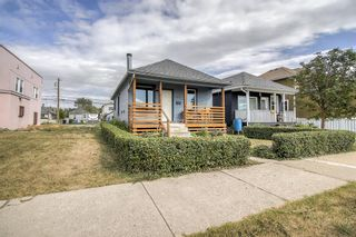 Photo 3: 2508 16 Street SE in Calgary: Inglewood Detached for sale : MLS®# A1137863