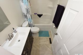 Photo 12: 5300 3rd Avenue in Regina: Rosemont Residential for sale : MLS®# SK817996