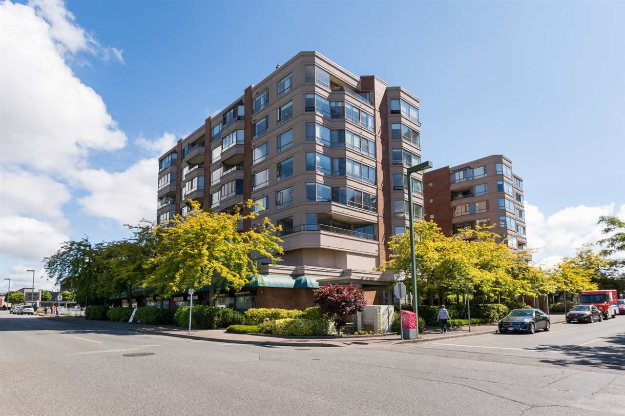 "Main Photo: 401 15111 RUSSELL Avenue: White Rock Condo for sale in ""PACIFIC TERRACE"" (South Surrey White Rock)  : MLS®# R2155564"