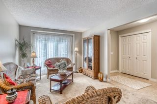Photo 6: 12 Hawkfield Crescent NW in Calgary: Hawkwood Detached for sale : MLS®# A1120196