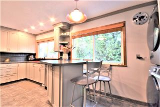 Photo 11: 3662 EVERGREEN Street in Port Coquitlam: Lincoln Park PQ House for sale : MLS®# R2534123