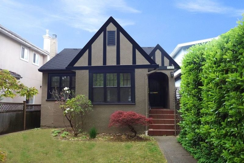 FEATURED LISTING: 6407 YEW Street Vancouver