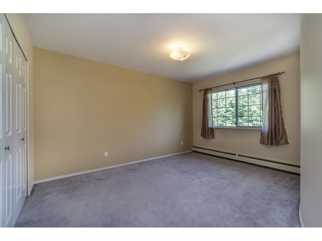 Photo 14: Photos: 7135 4TH Street in Burnaby: Burnaby Lake House for sale (Burnaby South)  : MLS®# R2184143