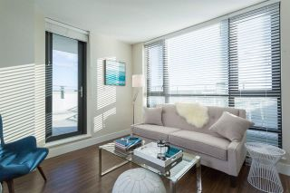 """Photo 4: 1201 258 SIXTH Street in New Westminster: Uptown NW Condo for sale in """"258"""" : MLS®# R2364116"""