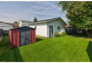 Photo 5: 1715 58 Street NE in Calgary: Pineridge Detached for sale : MLS®# A1140401