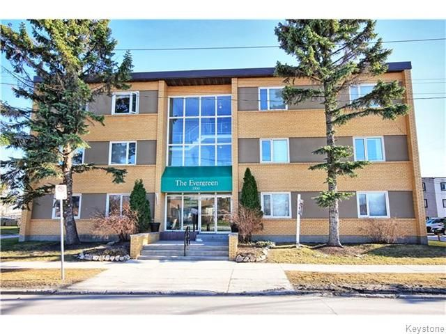 Main Photo: 1700 Taylor Avenue in Winnipeg: River Heights / Tuxedo / Linden Woods Condominium for sale (South Winnipeg)  : MLS®# 1530784