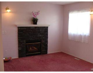 Photo 5: 135 APPLEGLEN Park SE in CALGARY: Applewood Residential Detached Single Family for sale (Calgary)  : MLS®# C3386324